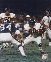 Gale Sayers - Action with ball Fine Art Print
