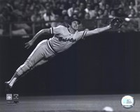 Brooks Robinson - 1973 Diving Catch, B&W Framed Print