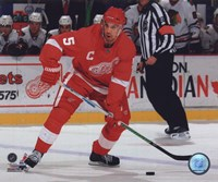 Nicklas Lidstrom 2009-10 Action Fine Art Print