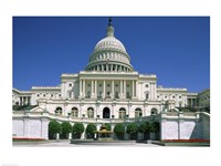 Low angle view of a government building, Capitol Building, Washington DC, USA Fine Art Print