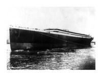 The Titanic photograph Framed Print