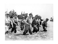Gen. Douglas MacArthur Wades Ashore During Initial Landings at Leyte, Philippine Islands Fine Art Print