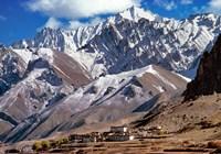 India, Ladakh, Bodh Kharbu, Srinagar-Leh road Fine Art Print