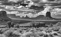 Monument Valley 15 Framed Print