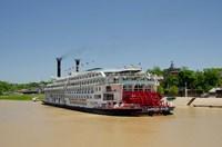 Mississippi, Vicksburg American Queen cruise paddlewheel boat Fine Art Print