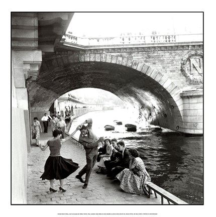 Framed Rock n Roll sur les Quais de Paris Print