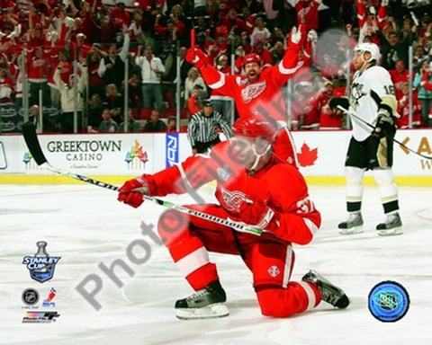 Framed Mikael Samuelsson Celebrates his Goal during Game 1 of the 2008 NHL Stanley Cup Finals; #5 Print