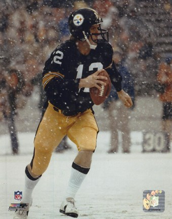 Framed Terry Bradshaw Action / In snow Print