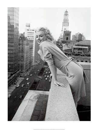 Framed Marilyn Monroe at the Ambassador Hotel Print