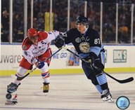 Alex Ovechkin &amp; Sidney Crosby 2011 NHL Winter Classic Action