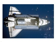 STS-135 Atlantis approaches the ISS