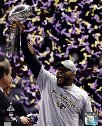 Framed Ray Lewis with the Vince Lombardi Trophy after winning Super Bowl XLVII Print