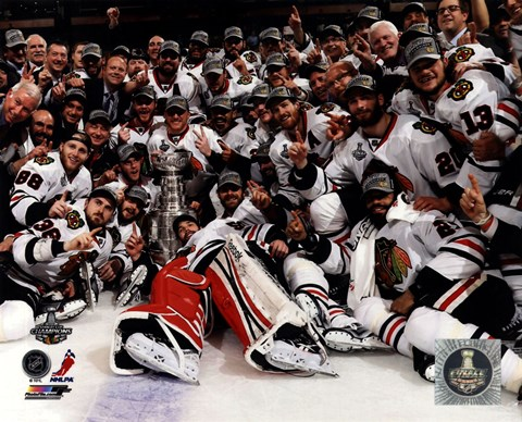 Framed Chicago Blackhawks celebrate 2013 Stanley Cup Finals Print