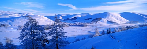 Framed Snow covered valley in winter, Manor Valley, Scottish Borders, Scotland Print