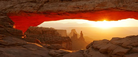 Mesa Arch At Sunset Canyonlands National Park Utah Usa