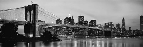 Framed Brooklyn Bridge across the East River at dusk, Manhattan (black and white) Print
