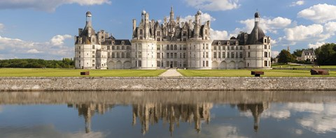 Framed Reflection of a castle in a river, Chateau Royal De Chambord, Loire-Et-Cher, Loire Valley, Loire River, Region Centre, France Print