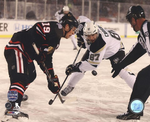 Framed Jonathan Toews & Sidney Crosby 2014 NHL Stadium Series Action Print