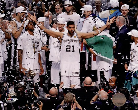 Framed Tim Duncan Celebrates Winning Game 5 of the 2014 NBA Finals Print
