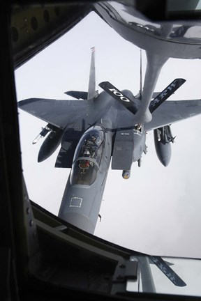 Framed Air refueling a F-15E Strike Eagle of the US Air Force Print