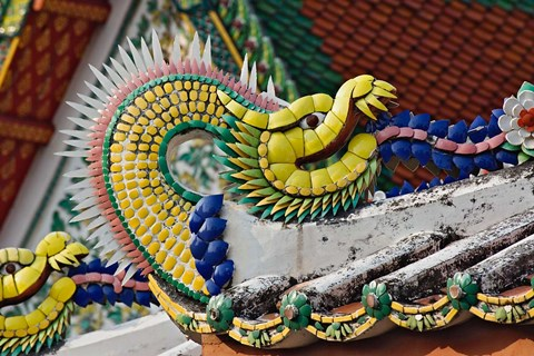 Framed Decorative dragon, Wat Pho, Bangkok, Thailand Print