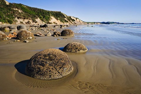 Framed Moeraki Boulders Scenic Reserve, South Island, New Zealand Print