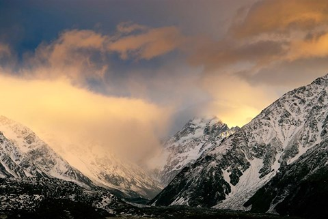 Framed Sunrise at Aoraki Mount Cook, New Zealand Print