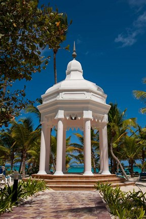 Framed Wedding gazebo, Riu Palace, Bavaro Beach, Higuey, Punta Cana, Dominican Republic Print