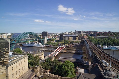 Framed View Over the Tyne Bridges, Newcastle on Tyne, Tyne and Wear, England Print