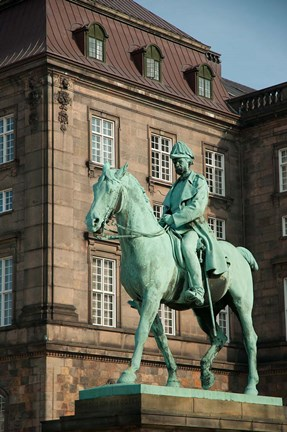 Framed King Christian IX Statue Print