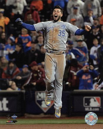Framed Eric Hosmer celebrates winning Game 5 of the 2015 World Series Print