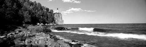 Framed Lighthouse on a cliff, Split Rock Lighthouse, Lake Superior, Minnesota Print