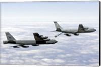 A B-52H Stratofortress refuels with a KC-135R Stratotanker Fine Art Print