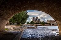 Chien et Notre Dame Framed Print