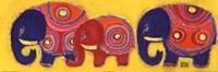 Famille Elephants En Jaune Fine Art Print