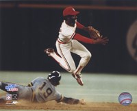 Ozzie Smith - Turning double play Fine Art Print