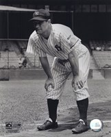Lou Gehrig - Hands on knees Fine Art Print