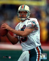 Dan Marino - Close up, action Fine Art Print