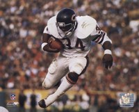 Walter Payton - Airbound Framed Print