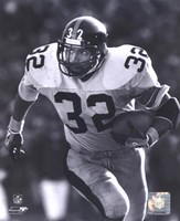 Franco Harris - Rushing With Ball (B&W) Fine Art Print