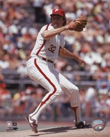Steve Carlton - 1972 Action Framed Print