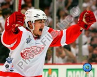 Jiri Hudler Celebrates his Game Winning Goal in Game 4 of the 2008 NHL Stanley Cup Finals Fine Art Print