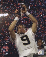 Drew Brees with the Vince Lombardi Trophy Super Bowl XLIV (#25) Framed Print