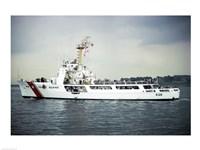 US Coast Guard Cruiser Decisive WMEC-529 - various sizes