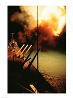 Mark-7 Guns fired from the USS Missouri Framed Print