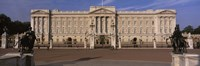"""View Of The Buckingham Palace, London, England, United Kingdom by Panoramic Images - 27"""" x 9"""""""