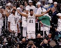 Tim Duncan Celebrates Winning Game 5 of the 2014 NBA Finals Fine Art Print