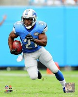 Reggie Bush Running On Football Field Fine Art Print