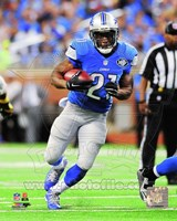 Reggie Bush Running Football Fine Art Print