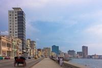 Malecon street along the waterfront, Havana, UNESCO World Heritage site, Cuba Fine Art Print
